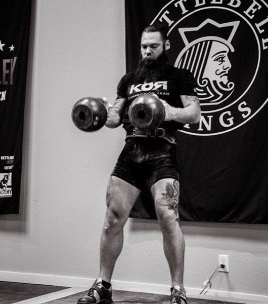 Why You Should Train Kettlebell Sport - Muscle Hipster