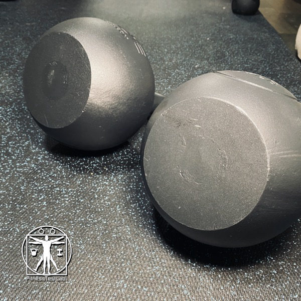 Rogue Competition Kettlebell Review - Flat Base_